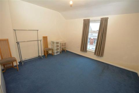 1 bedroom flat to rent - Station Road, Urmston
