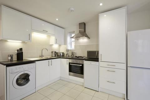 2 bedroom serviced apartment to rent - Bridge Avenue, Maidenhead, SL6