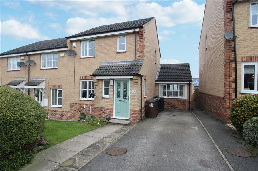 3 Bedrooms Terraced House for sale in LITTLE HEW ROYD, THACKLEY, BRADFORD, BD10 8WR