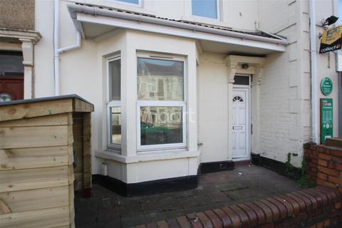 3 bedroom terraced house to rent - Greenbank Road, BS5