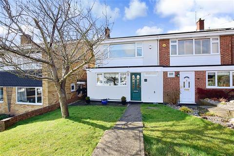 3 bedroom semi-detached house for sale - Dedham Road, Billericay, Essex