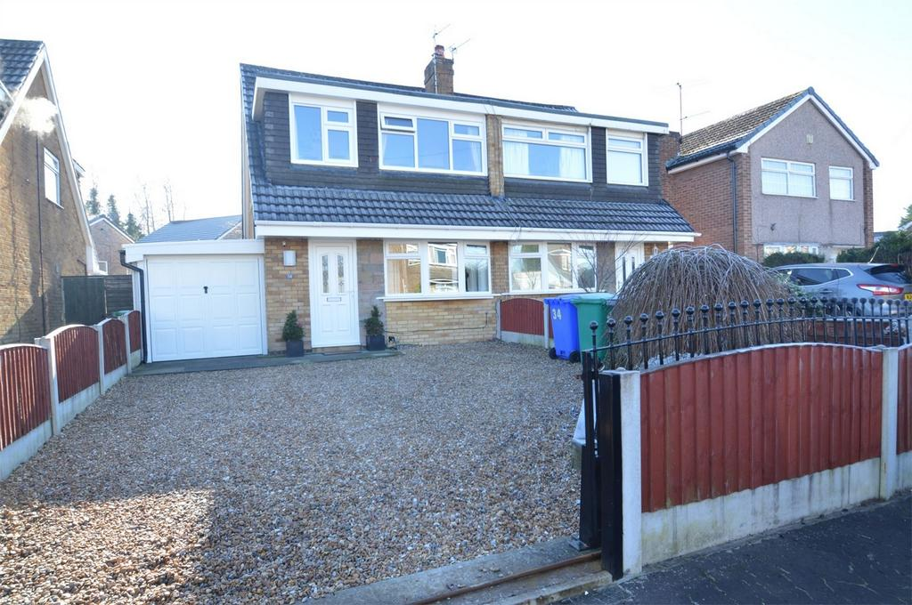 3 Bedrooms Semi Detached House for sale in Tottenham Drive, MANCHESTER