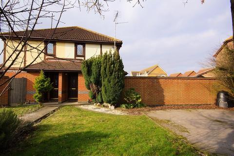 1 bedroom semi-detached house for sale - North Shoebury location, Shoeburyness