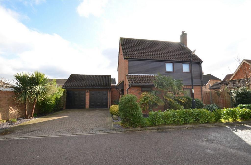 3 Bedrooms Detached House for sale in Elm Farm Close, CLIFTON, Bedfordshire