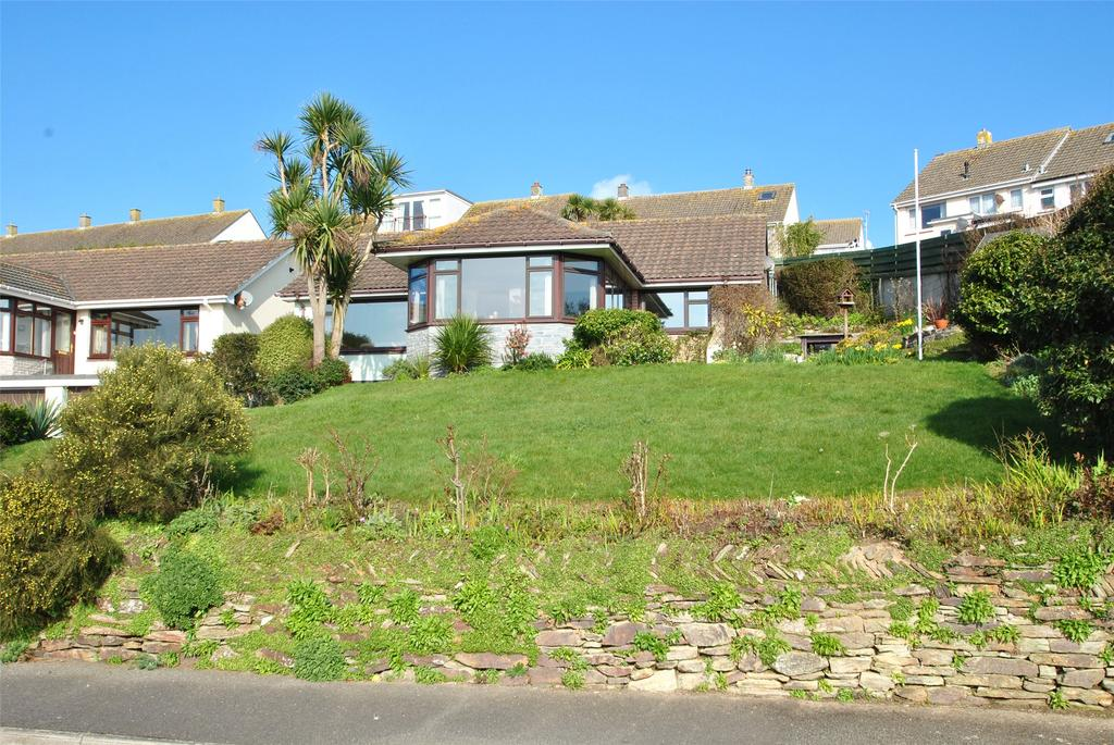 3 Bedrooms Detached Bungalow for sale in Anthony Road, Newquay