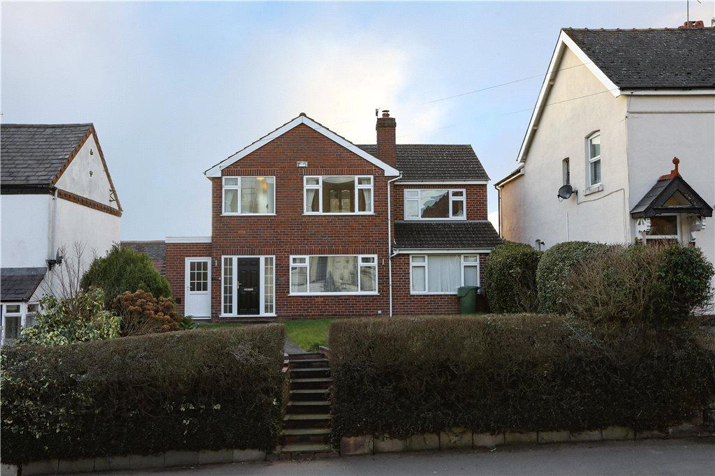 4 Bedrooms Detached House for sale in Stourbridge Road, Bromsgrove, B61