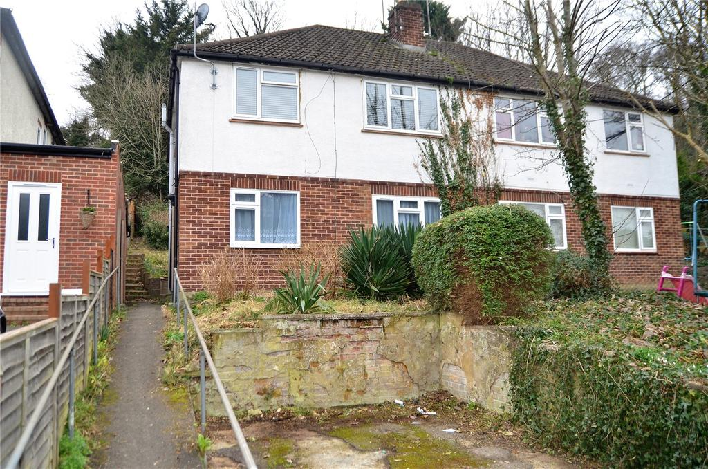 2 Bedrooms Maisonette Flat for sale in Hemdean Road, Caversham, Reading, Berkshire, RG4