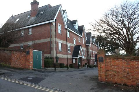 2 bedroom apartment to rent - Bayeux Court, Connaught Road, Reading, Berkshire, RG30