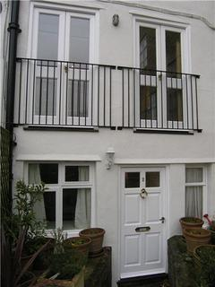 2 bedroom flat to rent - Kings Head Court, New Street, Chipping Norton, Oxfordshire, OX7