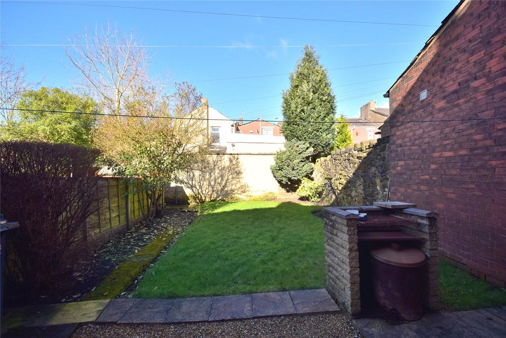 2 Bedrooms Terraced House for sale in Pink Place, Blackburn, Lancashire, BB2