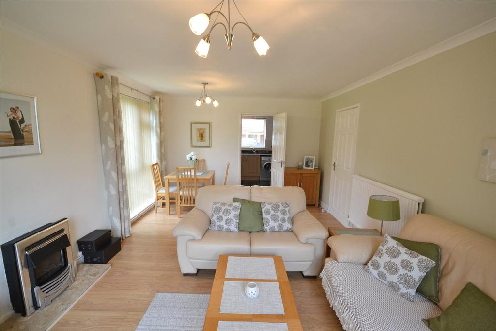 2 Bedrooms Apartment Flat for sale in Ael-y-Bryn, Llanedeyrn, Cardiff, CF23