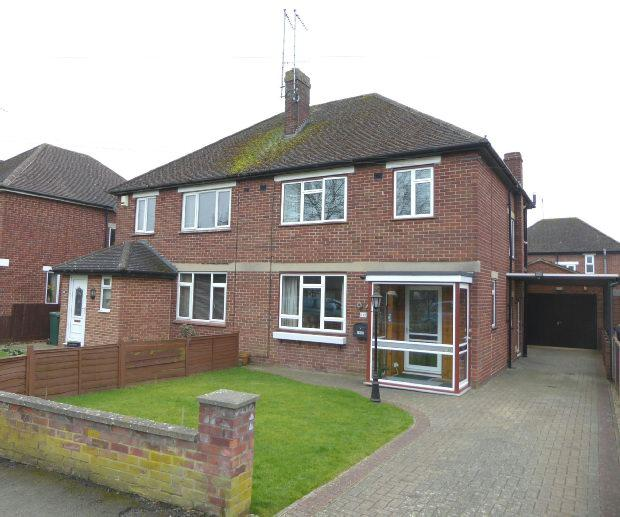3 Bedrooms Semi Detached House for sale in Manor Road, Banbury