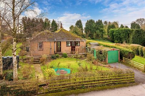 3 bedroom detached bungalow for sale - The Fairways, Brimstree Hill, Shifnal, Shropshire, TF11
