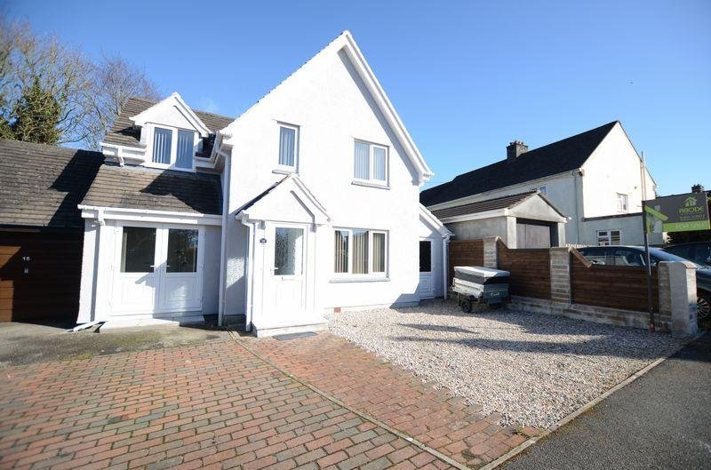 4 Bedrooms Detached House for sale in Branson Park, Tavistock