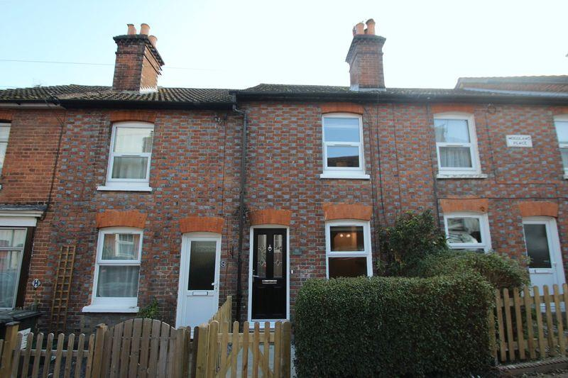 3 Bedrooms Terraced House for sale in Woodside Road, Tonbridge