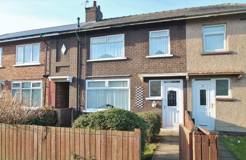 3 Bedrooms Terraced House for sale in Thorntree Avenue, Brambles Farm