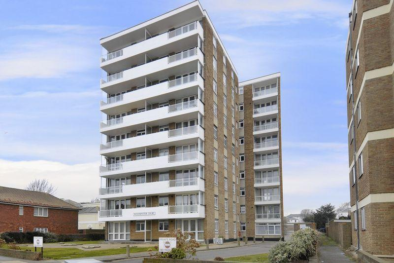 2 Bedrooms Flat for sale in Brighton Road, Worthing