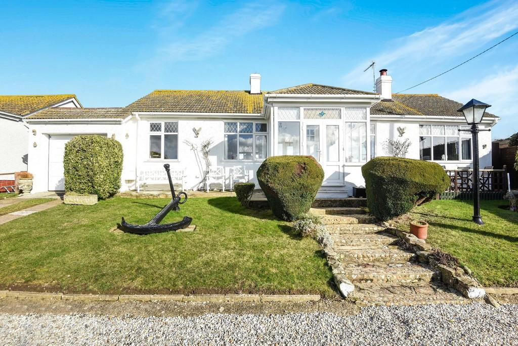 3 Bedrooms Detached Bungalow for sale in Smeatons Lane, Winchelsea Beach, East Sussex TN36 4LW