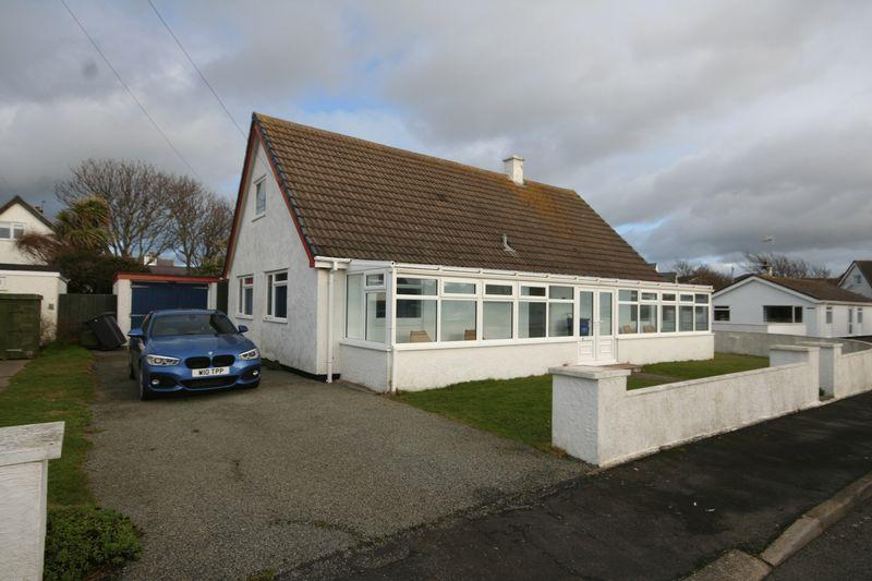 5 Bedrooms Detached Bungalow for sale in Rhosneigr, Anglesey