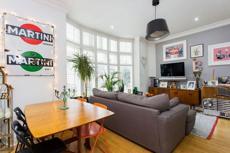 1 Bedroom Apartment Flat for sale in Hillfield Avenue, Crouch End, N8