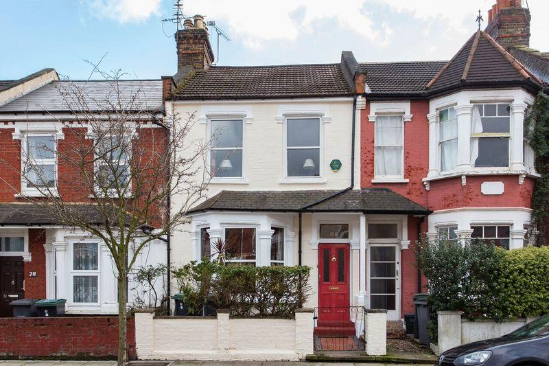 3 Bedrooms Terraced House for sale in Fairfax Road, London, N8