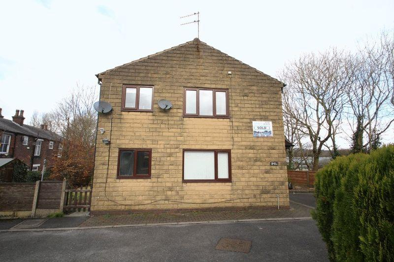 2 Bedrooms Apartment Flat for sale in Beaufort Street, Meanwood, Rochdale OL112 7EP
