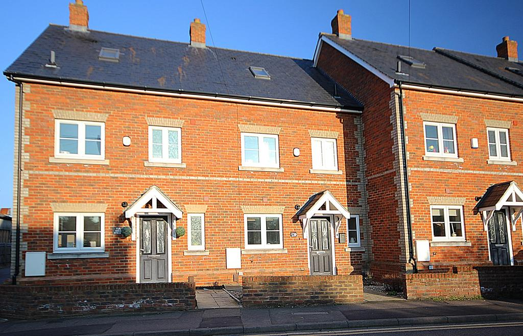4 Bedrooms Terraced House for sale in High Street, Langford, Biggleswade, SG18