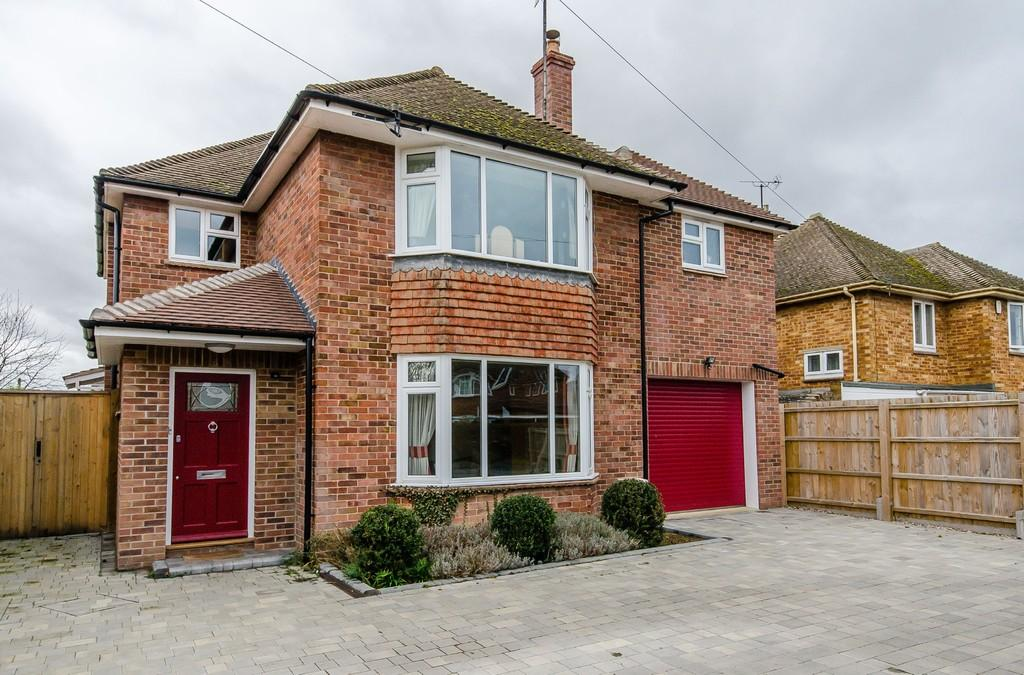 4 Bedrooms Detached House for sale in Thornton Close, Girton