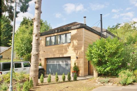 4 bedroom detached house to rent - Prior Park Road, BA2 4NF