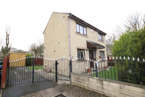 3 bedroom detached house for sale - Burras Road, BRADFORD, West Yorkshire