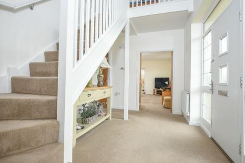 4 bedroom detached house for sale - YOUNGHAYES ROAD, CRANBROOK