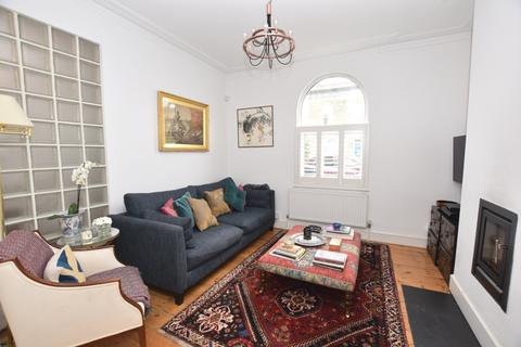 2 bedroom terraced house to rent - Reverdy Road Bermondsey SE1