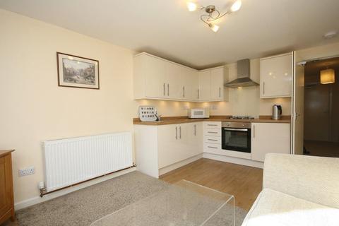 2 bedroom flat to rent - Cramond Green, Edinburgh