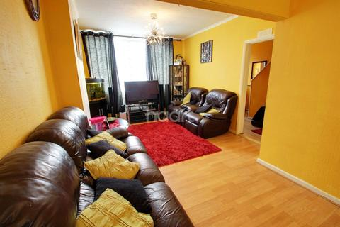 3 bedroom semi-detached house for sale - Parker Drive, Leicester