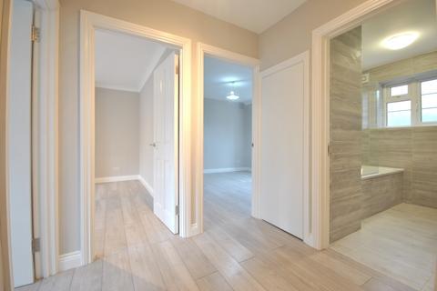2 bedroom flat to rent - Amblecote Road Grove Park SE12