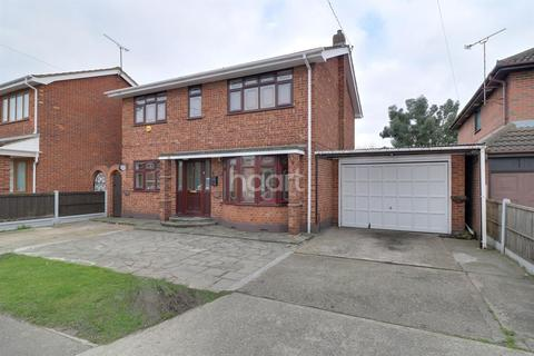 4 bedroom detached house for sale - Church Parade, Canvey Island