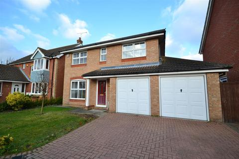 4 bedroom detached house for sale - Lavender Drive, Southminster