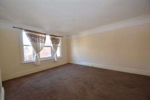 2 bedroom flat to rent - Northenden Road, SALE, Cheshire