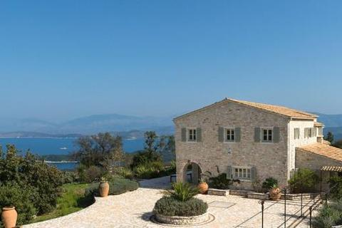 5 bedroom detached house  - St. George's House, Kassiopi, Corfu