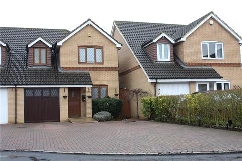 3 bedroom semi-detached house for sale - Dovecote Road, Reading, Berkshire, RG2