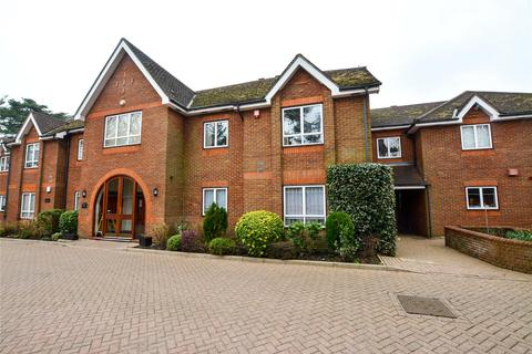 3 bedroom apartment for sale - The Callanders, Heathbourne Road, Bushey Heath, Bushey, WD23