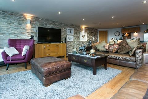 2 bedroom flat for sale - Westgate Apartments, Leeman Road, York, YO26