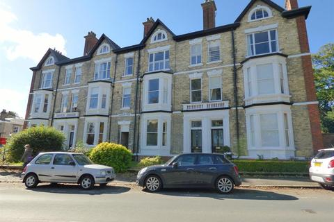 3 bedroom flat for sale - New Walk, Beverley, HU17 7DR