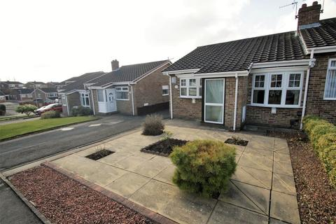 2 bedroom semi-detached bungalow for sale - Fincham Close, The Glebe, Norton, Stockton, TS20 1RJ