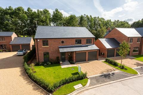 5 bedroom detached house for sale - Brand new detached house in Henbury