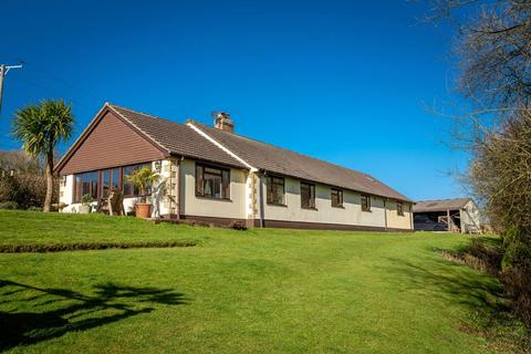 4 bedroom detached bungalow for sale - Coleford, Crediton