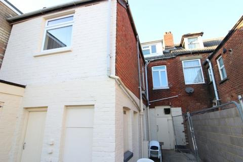 1 bedroom flat for sale - Christchurch Road, Boscombe