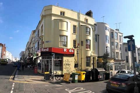 Office to rent - Western Road, Hove BN3 1AE