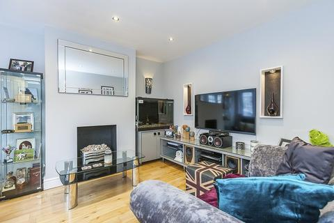3 bedroom terraced house for sale - Crownhill Road, Woodford Green, Essex. IG8