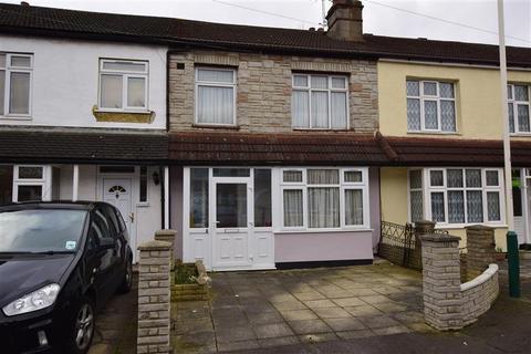 3 bedroom terraced house for sale - Drummond Avenue, Romford, Essex